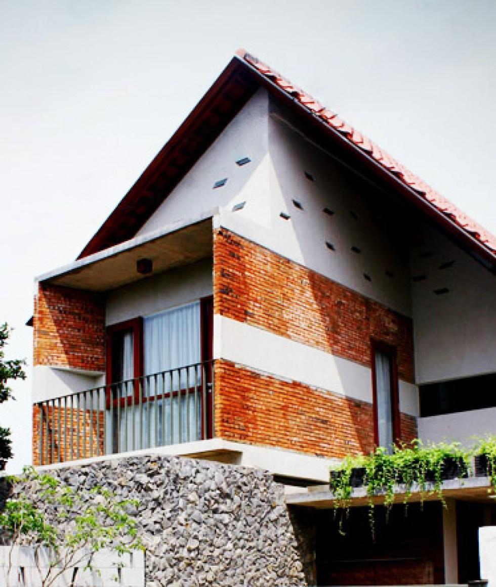 Stretch House